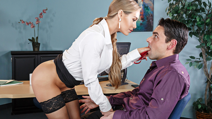 Nicole Aniston in Naughty Office