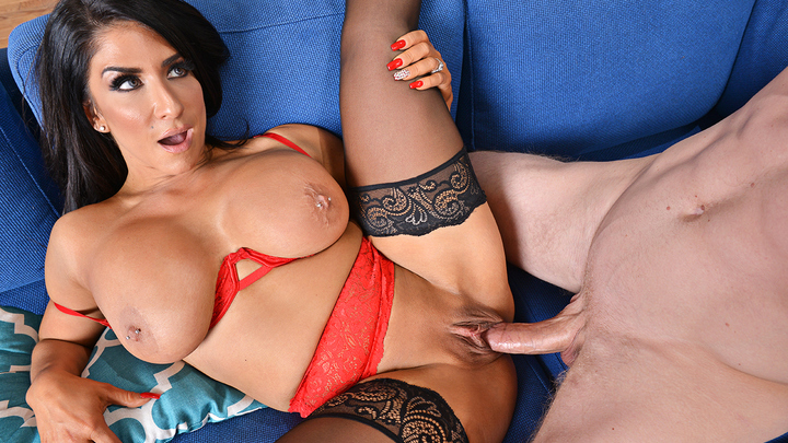 Raven Hart in My Friend's Hot Mom