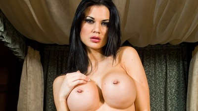 Jasmine Jae's big boobs