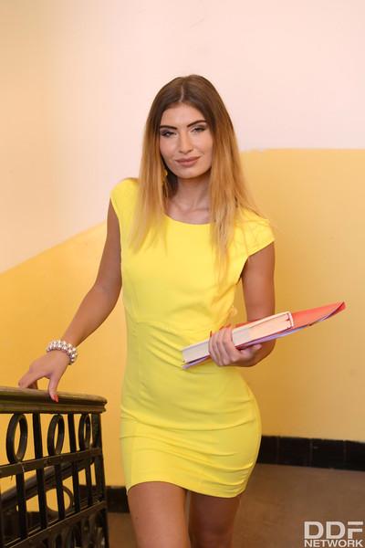 Candice Demellza