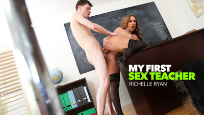 Richelle Ryan bangs student out after class