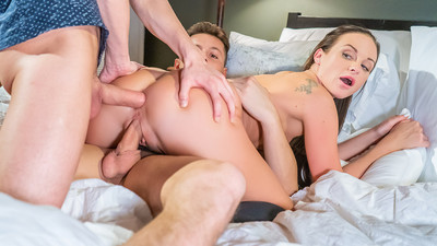 Private Babe Vinna Reed Takes Two