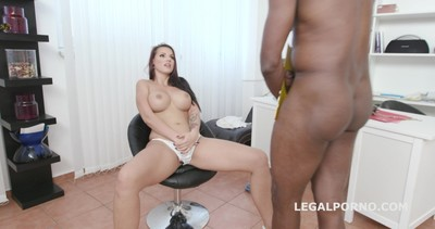 Psycho Doctor with Jolee Love #1 She got a problem and Mike can fix it, Balls Deep Anal, Gapes, Cum in the ass GIO1151